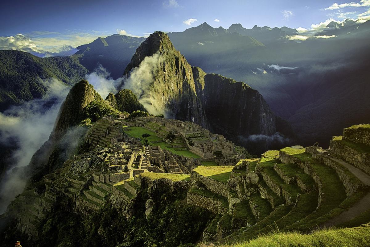 One World Trips - Dream at Machu Picchu