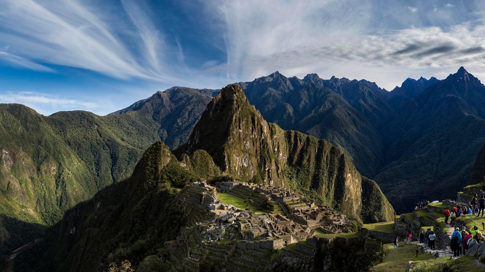 One World Trips - Iconic Peru